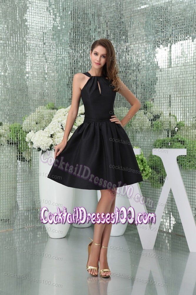 Elegant Straps Knee-length Black Cocktail Dresses with Cutout