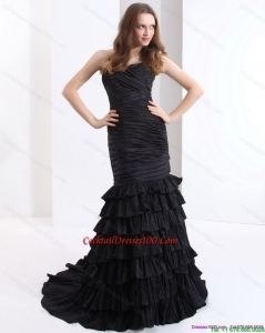 Brush Train Pleated Black Charming Cocktail Dresses with One Shoulder and Ruffled Layers