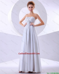 Elegant Hand Made Flowers Empire Cocktail Dresses in White