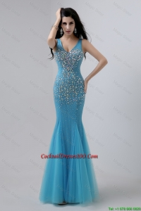 Luxurious Mermaid Beaded Cocktail Dresses with V Neck