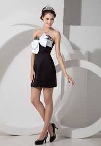 Beaded Sweetheart Black Cocktail Dress with White Bowknot Accent