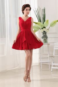 Bright Red V-neck and Ruched Mini-length Chiffon Cocktail Dress