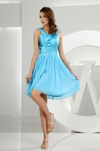 Ruched Knee-length Baby Blue Prom Cocktail Dress in Des Moines IA