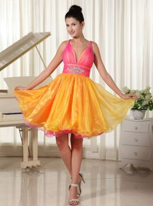 Special Colorful Straps V-neck Beaded Homecoming Cocktail Dress