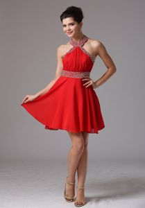 Halter Short Ruched Red Homecoming Cocktail Dresses with Beading