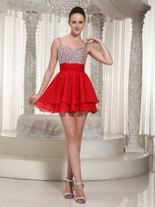 Spaghetti Straps Short Beaded Red Homecoming Cocktail Dresses