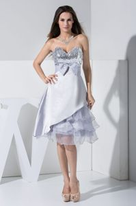 Sweetheart Knee-length Silver Layers Cocktail Dress with Bowknot