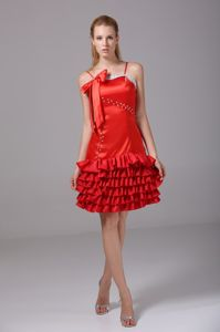 New Spaghetti Straps Knee-length Red Cocktail Dress with Bowknot