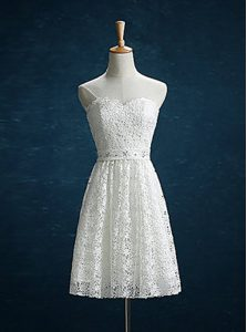 Lace Beading Cocktail Dresses White Zipper Sleeveless Mini Length