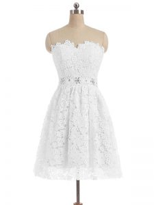 Sleeveless Beading and Lace and Appliques Zipper Cocktail Dresses