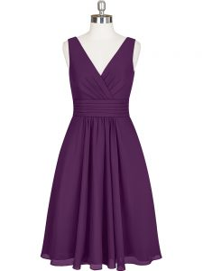 Best V-neck Sleeveless Cocktail Dresses Knee Length Pleated Purple Chiffon