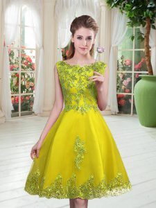 Sleeveless Knee Length Beading and Appliques Lace Up Cocktail Dresses with Yellow Green