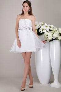 White Strapless Short Organza Prom Cocktail Dress with Appliques