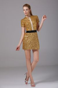 Breathtaking Gold Sequin Evening Cocktail Dress with Short Sleeves
