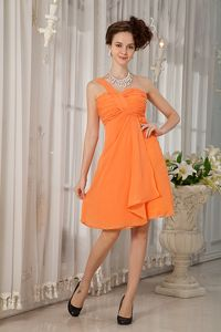 Orange Single Shoulder Ruched Cocktail Dresses for Prom in Chiffon