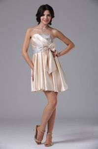 Latest Champagne Sequins Prom Cocktail Dress with Bow and Ruche