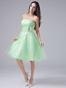 New Strapless Knee-length Spring Green Cocktail Dress with Ruche