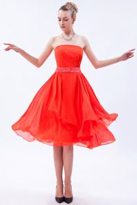 Fitted Chiffon Strapless Cocktail Dress for Prom with Beading Waist