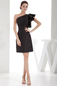 Trendy Black One Shoulder Mini-length Cocktails Dresses with Ruche