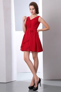 Impressive Red V-neck Ruche Cocktail Party Dresses with Mini-length