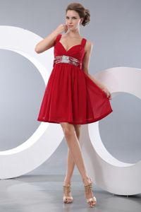 Red Mini-length Chiffon Stylish Prom Cocktail Dress with Sequins