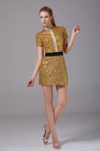 Bateau Sequined Mini Gold Prom Cocktail Dress with Short Sleeve