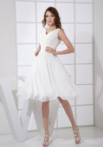 V-neck Knee-length Ruched Cocktail in White Dresses For Prom