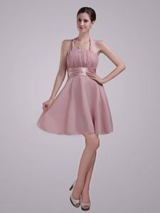 Elegant Halter Ruched Short Cocktail Dress For Celebrity in Pink