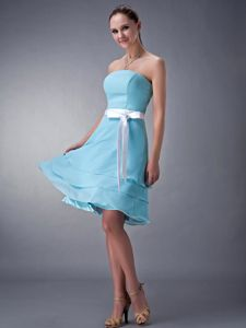 White Sash with Bow Aqua Blue Strapless Tea-length Cocktail Dress