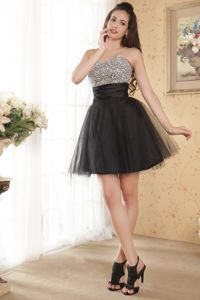 Discount Beaded Bodice Organza Skirt Black Cocktail Dress For Prom