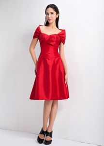 Off the Shoulder Neck and Ruched Bust Red Cocktail Dress For Prom