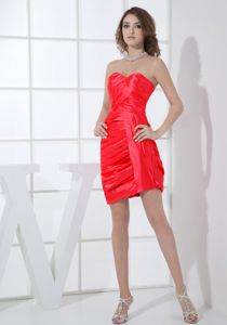 Column Sweetheart Red Short Ruched Cocktail Party Dresses