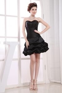 Taffeta Sweetheart Black A-line Cocktail Dress with Pick-up