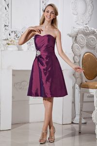 Dark Purple Knee-length Beads Cocktail Dress with Appliques