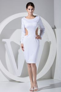 Long Sleeves Knee-length Scoop Backless White Cocktail Dress