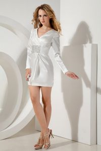 Long Sleeves White V-neck Beading Mini-length Cocktail Dress
